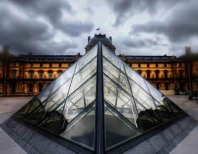 Using Photoshop to Create a Dramatic Scene – Example: The Louvre
