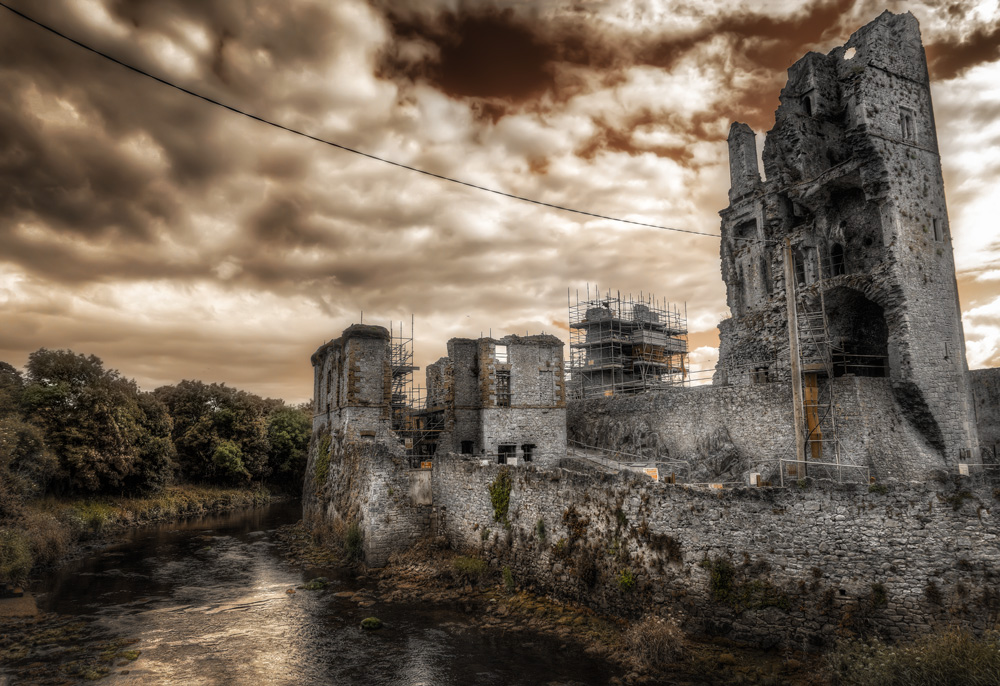 how to use photoshop to create a post apocalyptic scene