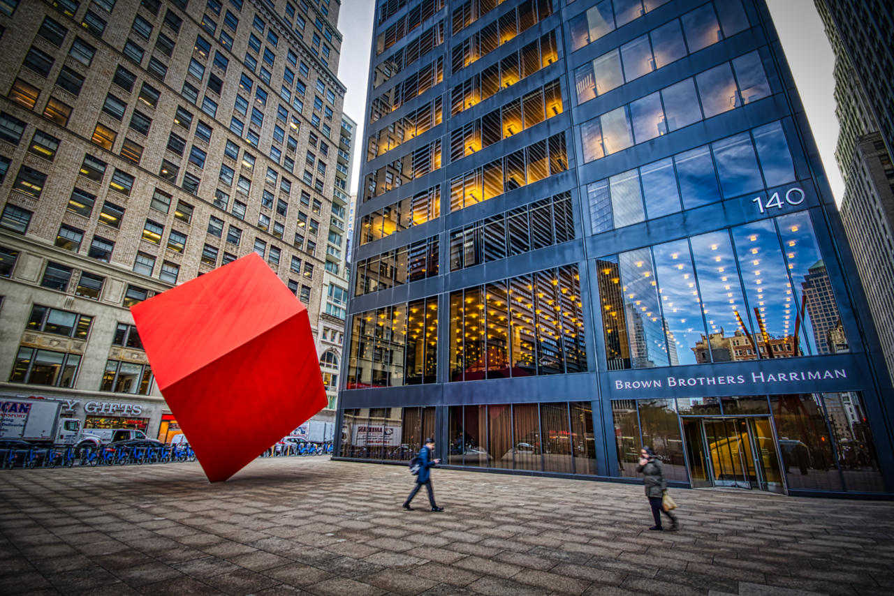 new york red cube-X2